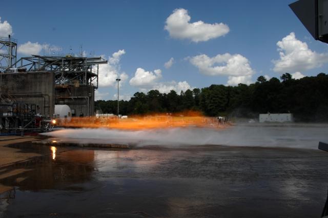 NASA 3D printing          14-233b_0