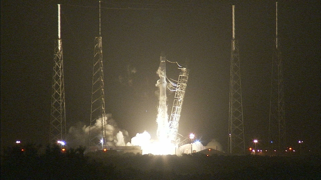 LIFT OFF SEPT 21  PIC.spacexcrs4-7